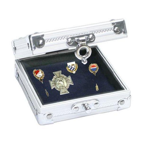 Malá hliníková kazeta na špendlíkové odznaky
