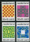"""(1973) MiNr. 1019 - 1022 ** - Nizozemsko - """"Mít dítě"""": deskové hry"""