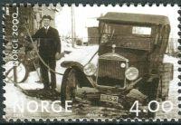 (1999) MiNr. 1323 ** - Norsko - Milénium (II): Doplňování paliva do taxíku (kolem roku 1930)