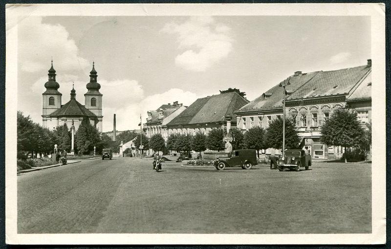 Vamberk - Náměstí (50. léta) - rohy pohlednice !